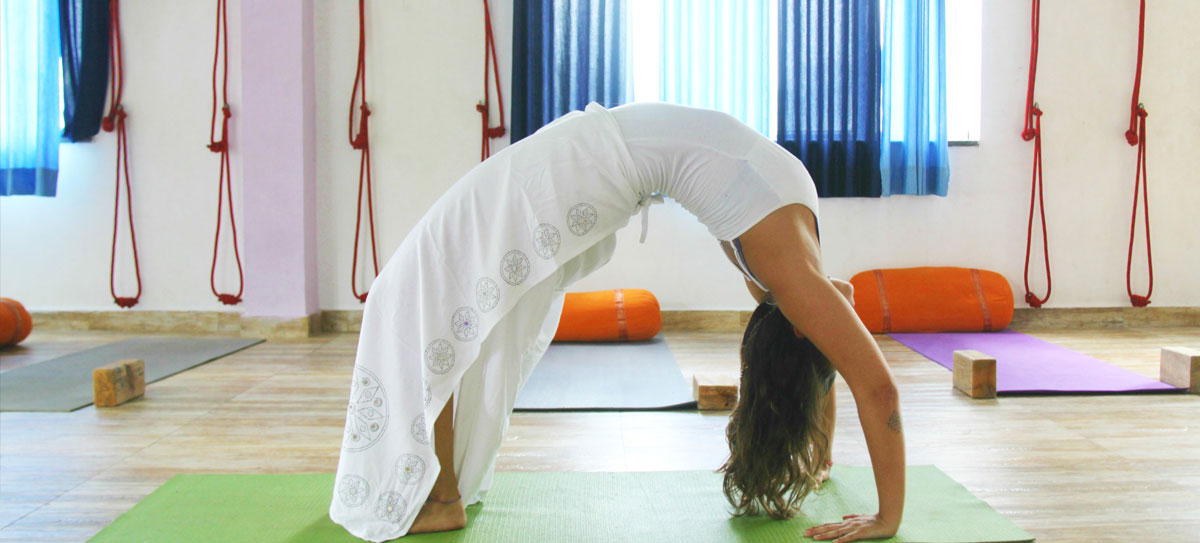 100-hours-yoga-ttc-rishikesh